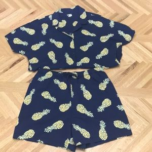 NWOT Pineapple Uniqlo Pajama Set Size Small